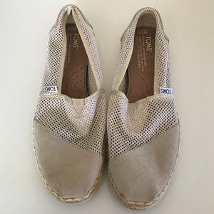 Mesh/Suede Beige Toms (Size 7.5 W)